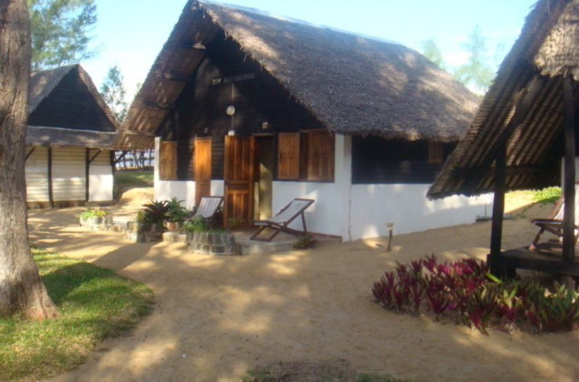 Parthenay Club Manakara, Madagascar, bungalows