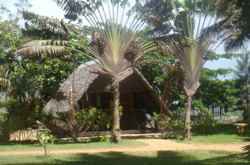 Le parthenay   manakara   madagascar   chalet1   copie slideshow