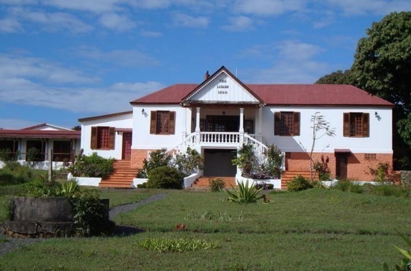 The Litchi Tree, Joffreville, Madagascar, extérieur