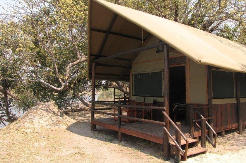 Chundu Island, Parc de Zambezi, Zimbabwe, tente