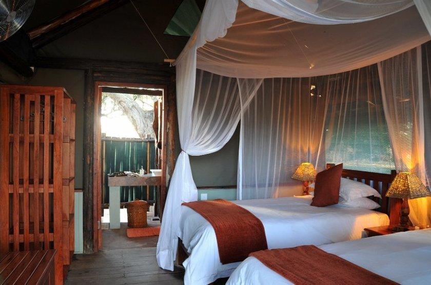 Chundu Island, Parc de Zambezi, Zimbabwe, chambre