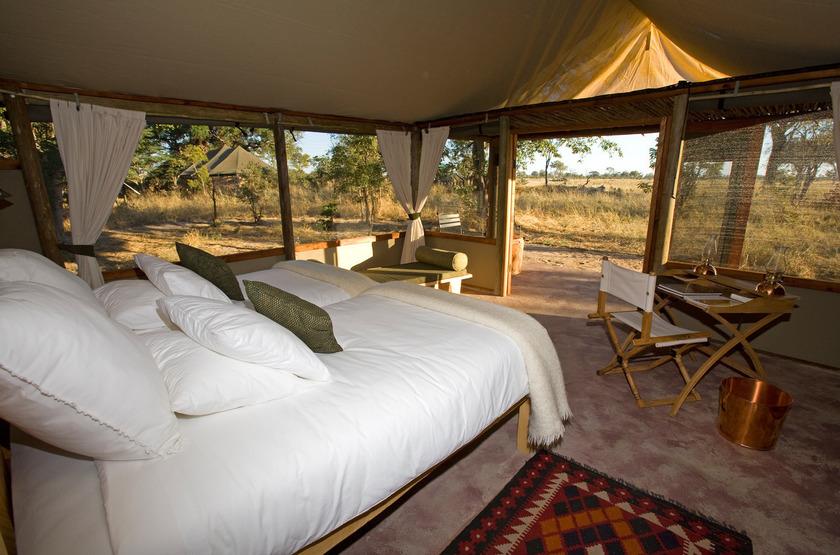 Little Makalolo, Parc Hwange, intérieur tente