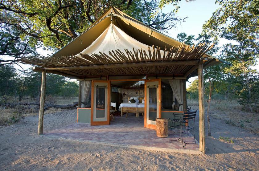 Little Makalolo, Parc Hwange, extérieur tente