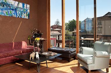 Chili   valparaiso   hotel fauna   salon listing