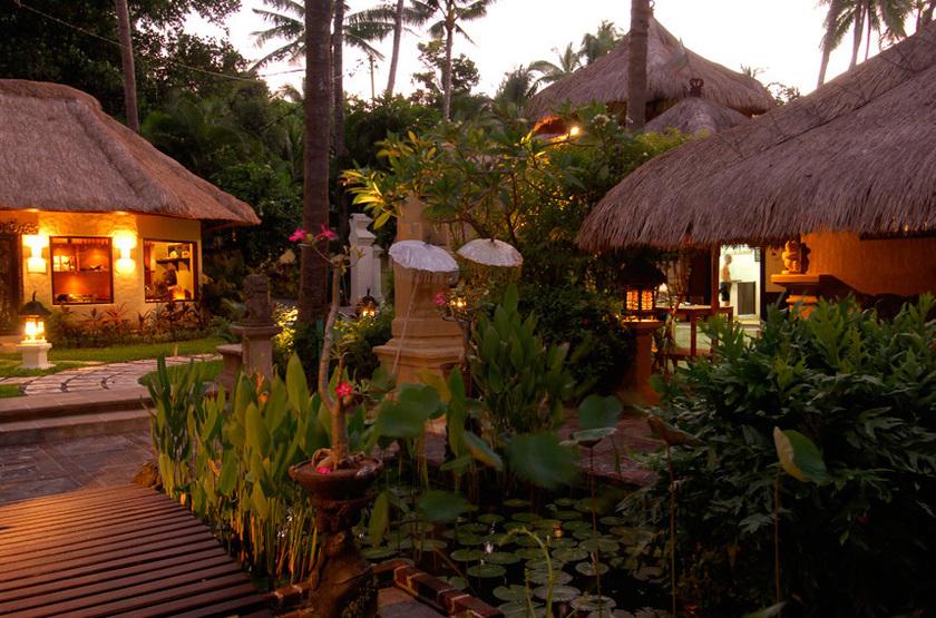 Alam Anda Ocean Front Resort & Spa, Bali, extérieur