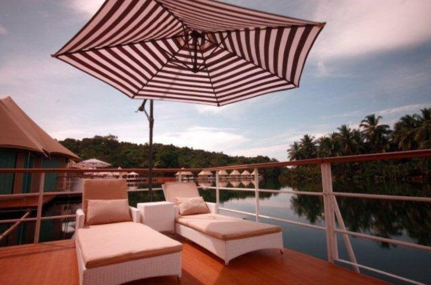 4 Rivers Floating Lodge, Koh Kong, Cambodge, terrasse