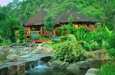 Pristine lotus resort   lac inle   r c ption listing