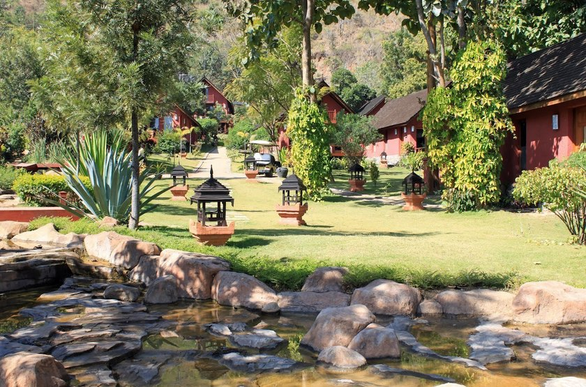 Pristine Lotus Resort, Lac Inle, Birmanie, jardin
