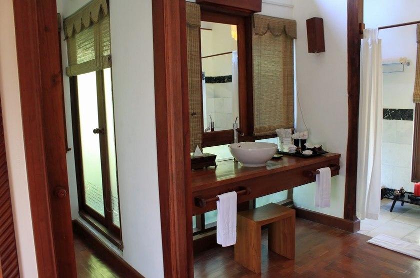 Pristine Lotus Resort, Lac Inle, Birmanie, salle de bain