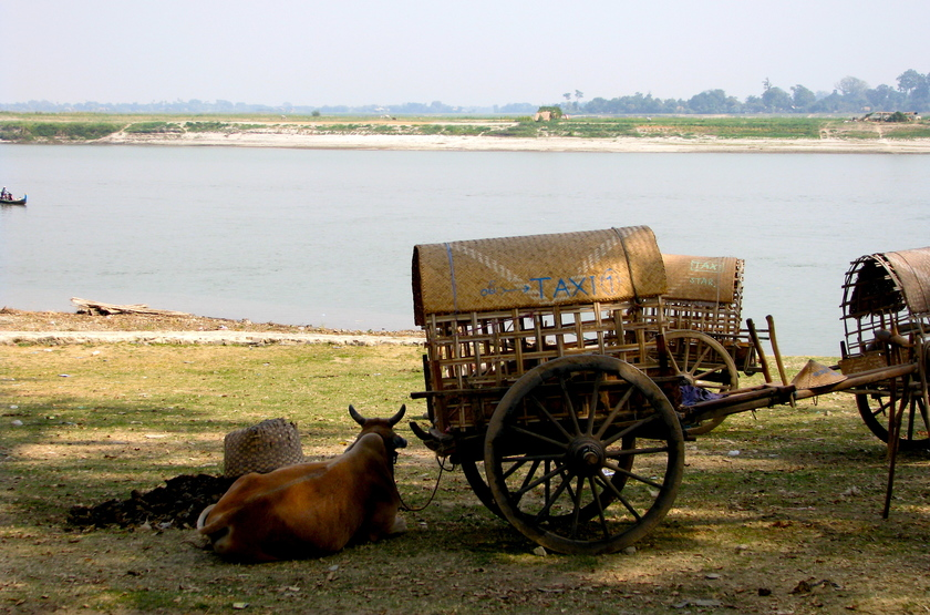 RV Mingun/Inwa, Croisière sur l'Irrawaddy, Birmanie, sur les rives