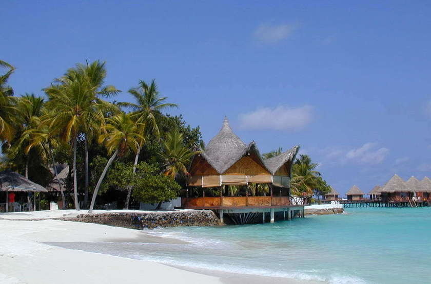 Thulhagiri Island Resort & Spa, Maldives, restaurant - plage
