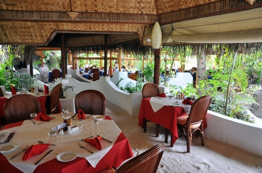 Thulhagiri Island Resort & Spa, Maldives, restaurant