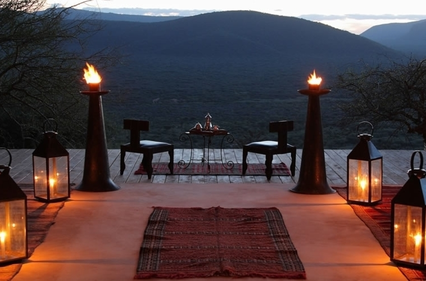 Saruni Samburu Camp, Samburu Kalama, Kenya, terrasse dîner
