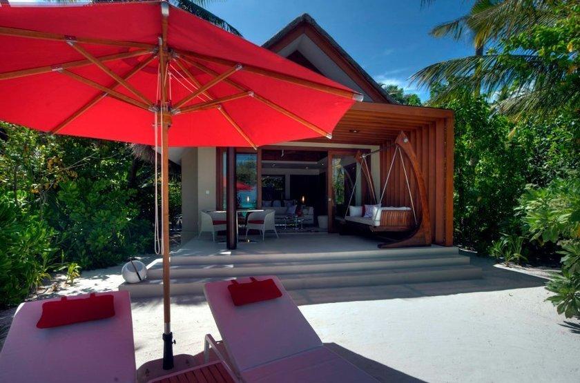 Niyama - Olhuveli et d'Embedhufushi, Maldives, bungalow plage