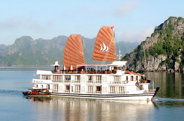 Halong pelican cruise3 listing