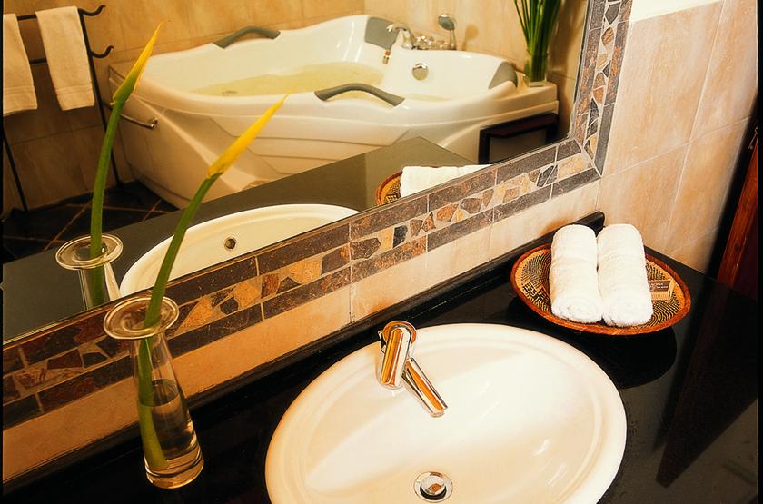 Palacina The Residence & The Suites, Nairobi, Kenya, salle de bains