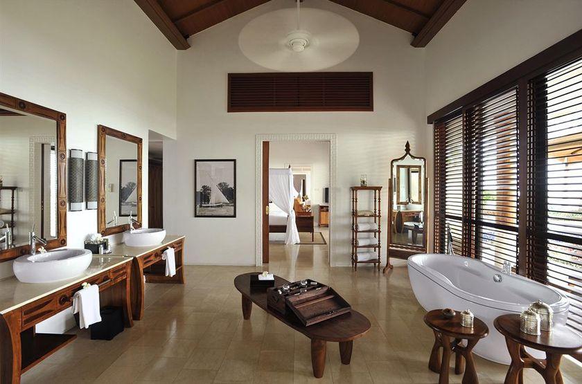 The Residence, Kizimkazi, Zanzibar, villa deluxe, salle de bains