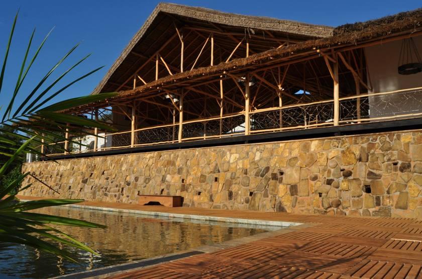 Exterieur et piscine slideshow