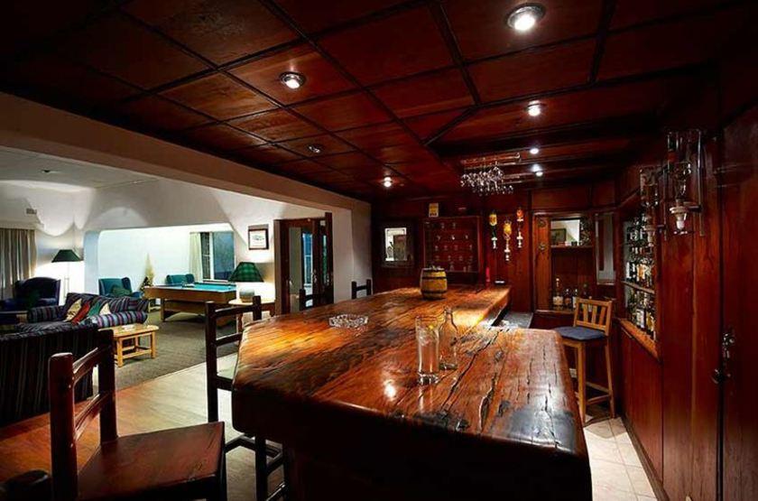 Burley House, Lilongwe, Malawi, bar