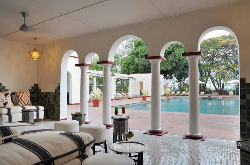 Victoria Falls Hotel, Zimbabwe, salon vue piscine