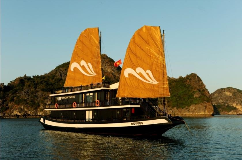 Jonque Paradise Privilège, Baie d'Halong, Vietnam, jonque