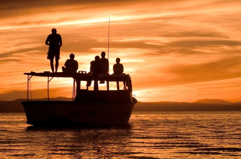 Malawi lac malawi cap maclear   mumbo island lodge sunset da slideshow