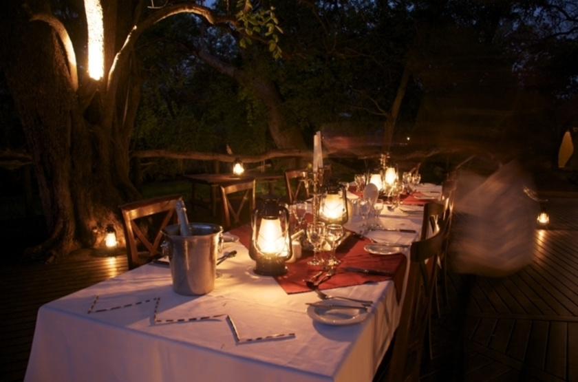 Royal Tree Lodge, Maun, Botswana, dinning room
