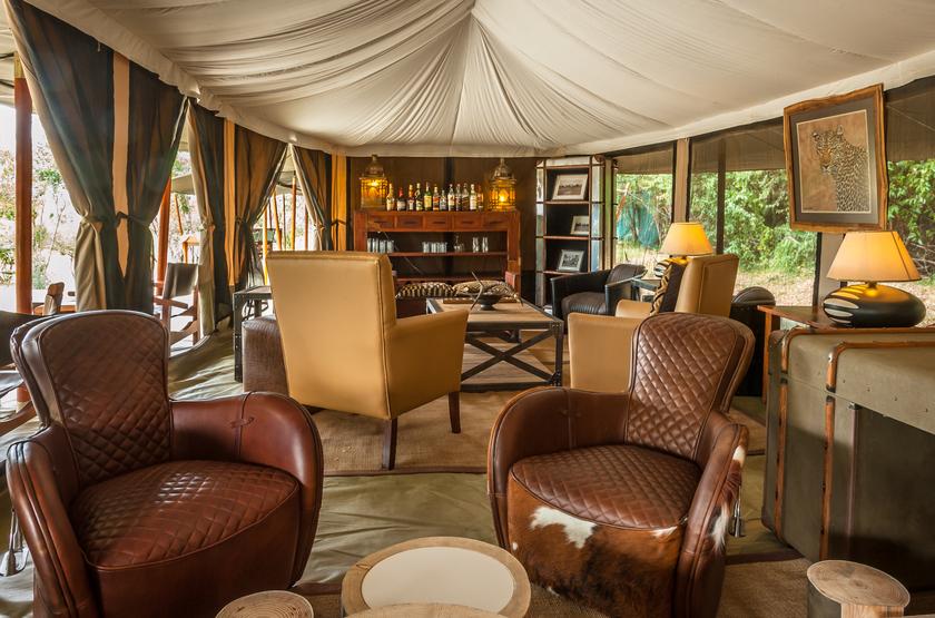 Entim Mara Camp, Masai Mara, Kenya, bar