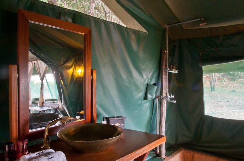 Entim Mara Camp, Masai Mara, Kenya, salle de bains