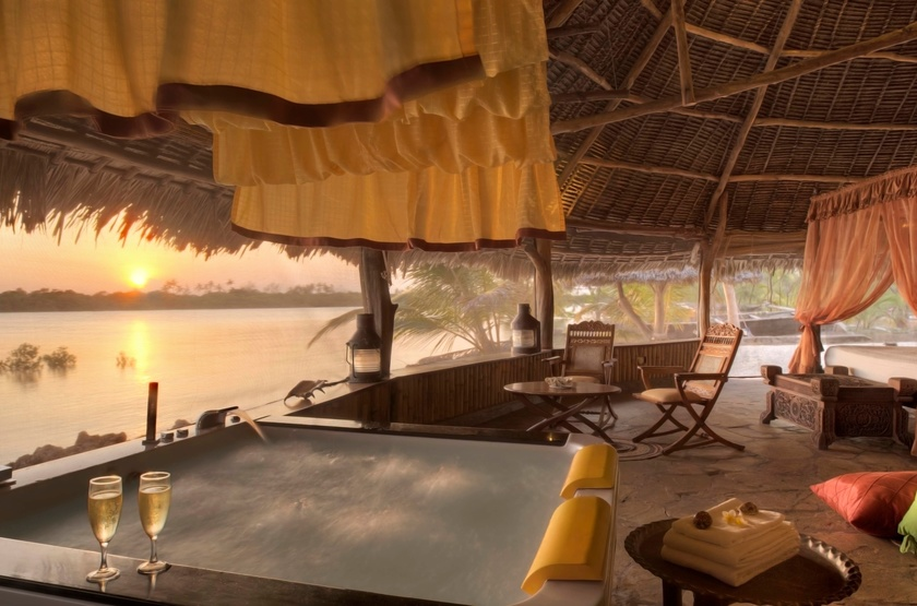 The Funzi Keys Island, Kenya, deluxe Beach Front cottage