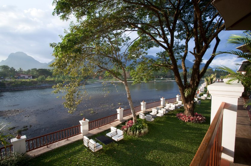 Riverside Boutique Resort Vang Vieng, Laos, jardin
