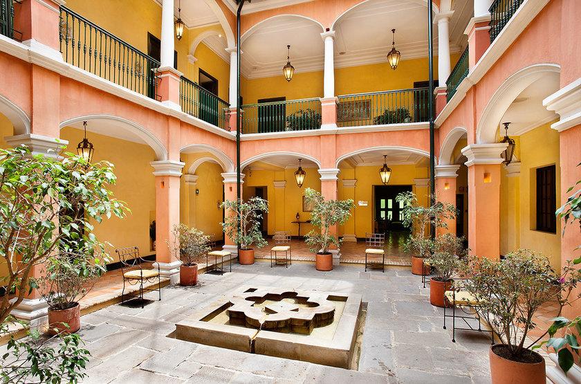 De La Opera, Bogota, Colombie, patio