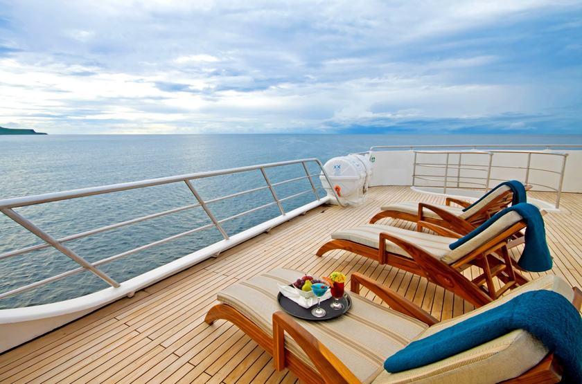 Catamaran Ocean Spray, Galapagos, Equateur, solarium