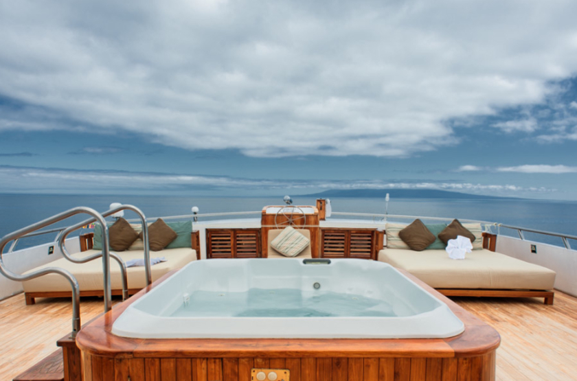 Yacht Grand Odyssey, Galapagos, Equateur, jacuzzi