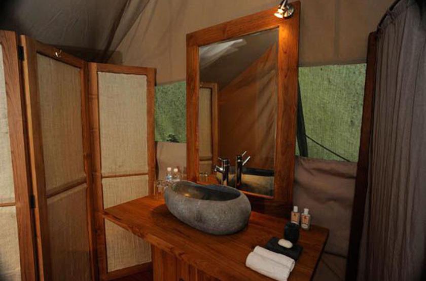 Galapagos Safari Camp, Santa Cruz, Equateur, salle de bains
