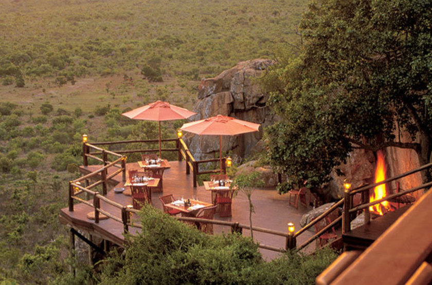 Ulusaba rocklodge deck at sunset large slideshow