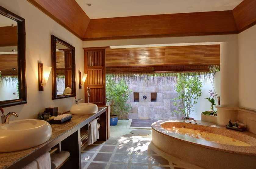 Kanuhura Hotel, Maldives, salle de bains
