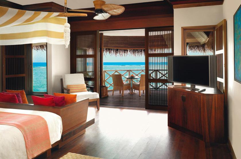 Kanuhura Hotel, Maldives, grand water villa