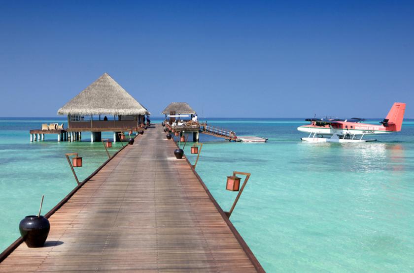 Kanuhura Hotel, Maldives, hydravion