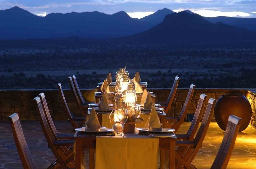 Goche Ganas Nature Réserve et le Wellness Village , Namibie, restaurant