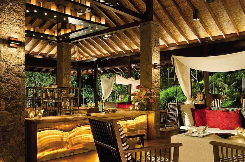 Four Seasons Resort, Mahé, Seychelles, lounge