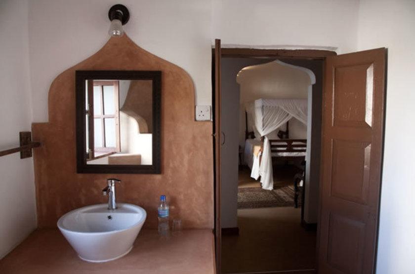 Hiliki House, Stone Town, salle de bains