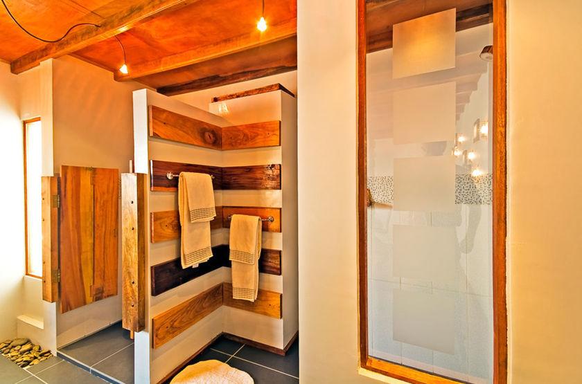 La Petite Porte, Uyuni, Bolivie, salle de douche