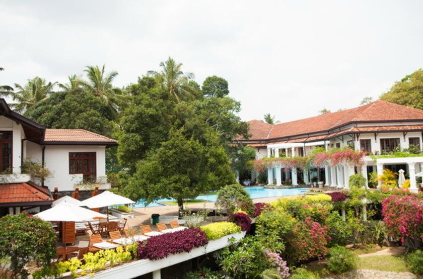 Mahaweli Reach Hotel, Sri Lanka, jardins