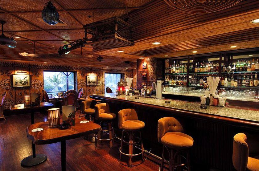 Intercontinental Muscat, Oman, bar
