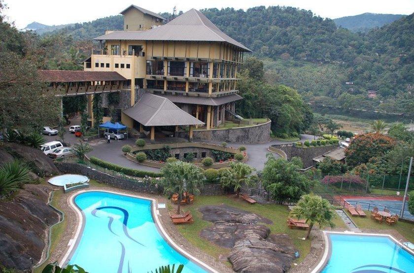 Earl's Regency, Kandy, extérieur