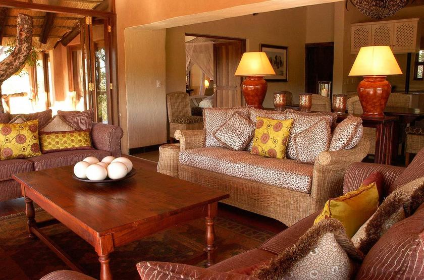 Tuningi Safari Lodge, Madikwe, Afrique du Sud, salon