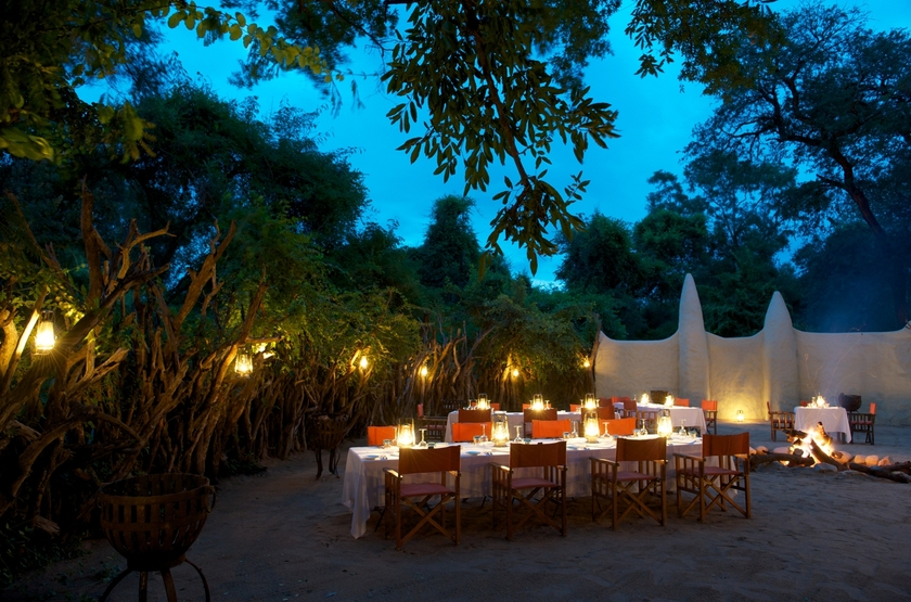 Lion Sands River Lodge, Sabi Sand, Afrique du Sud, dîner boma