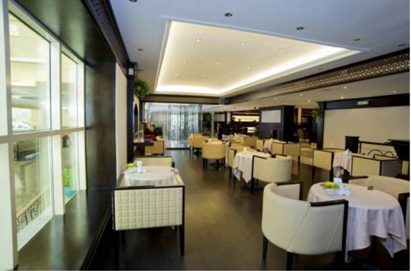 Hotel carlton tower  dubai  restaurant slideshow