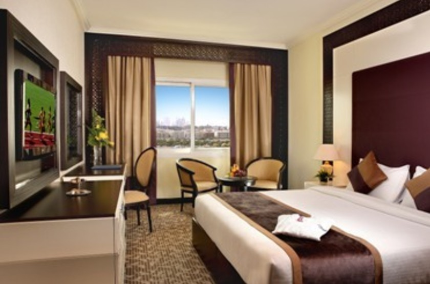 Hotel carlton tower dubai   chambre deluxe room slideshow